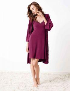 Nachthemd aus Viscose Feinjersey burgund-himbeer (der Mantel ist nicht im Lieferumfang enthalten)