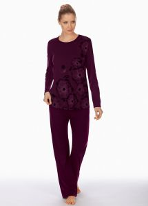 Pyjama Winter Beauty bordeaux-rot von Triumph