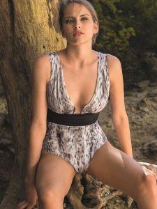 Badeanzug Molto mit Animal Print grau weiß von Nicole Olivier
