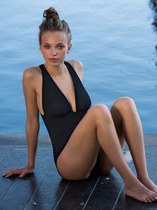 Badeanzug Capri schwarz von Pain de Sucre