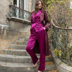 Seide Morgenmantel Soie Unie in der Farbe aubergine-violett von Marjolaine - der Schlafanzug ist im Lieferumfang nicht enthalten