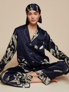 100% Seide Schlafanzug Elisabetha in Elephant Garden nachtblau von Radice