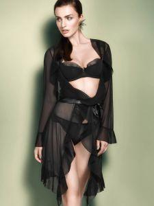 Tüll Morgenmantel Fabiana schwarz mit Plissee-Falten von Escora - die Dessous sind nicht im Lieferumfang enthalten